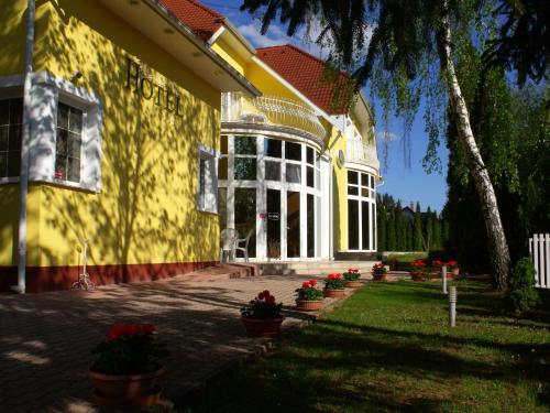 . Hotel Penta Lux