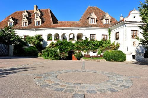 Renaissancehotel Raffelsberger Hof BandB