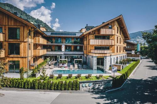 Elements Resort Zell am See; BW Signature Collection - Accommodation - Zell am See
