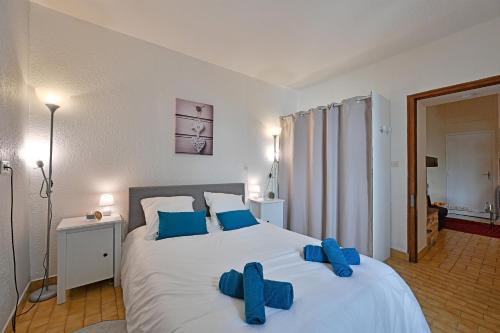 Appartement au calme en plein centre-ville - Location saisonnière - Nîmes