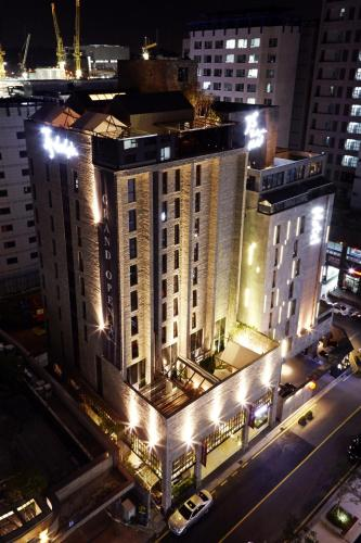 JS The Classic Hotel