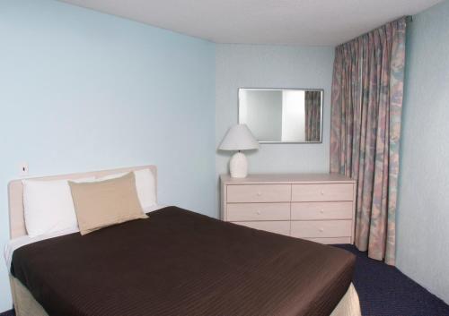 Bal Harbour Hotels - Wildwood Crest, NJ 08260