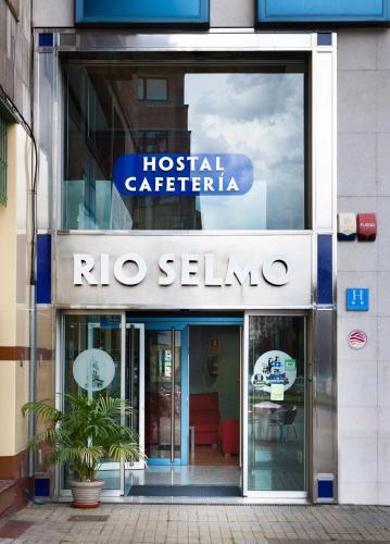 . Hostal Rio Selmo