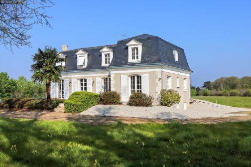 . Apartment with 2 bedrooms in Mont pres Chambord with enclosed garden and WiFi