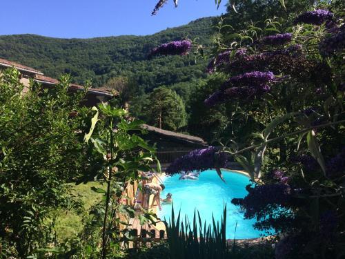 Gîte Tanagra : Maison avec piscine et vue exceptionnelle - Location saisonnière - Roquefort-les-Cascades