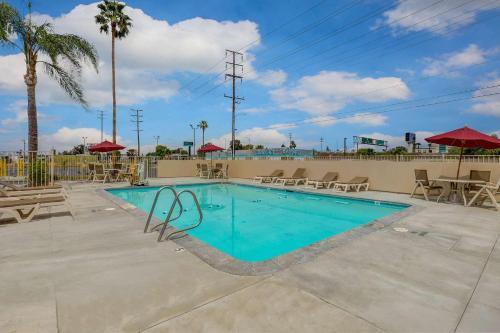 . Motel 6-San Bernardino, CA - South