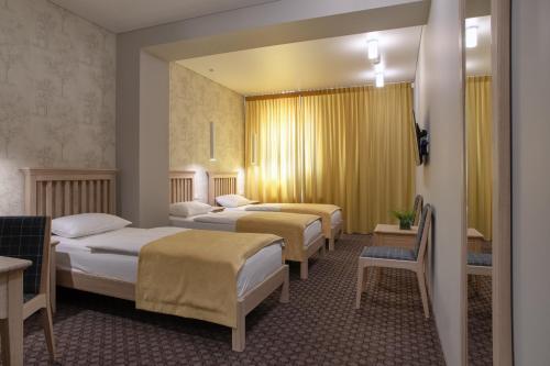 Hotel Sinchronas - Photo 2 of 41