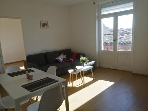 Chambre privée dans un T4 lumineux et calme - Pension de famille - Toulouse