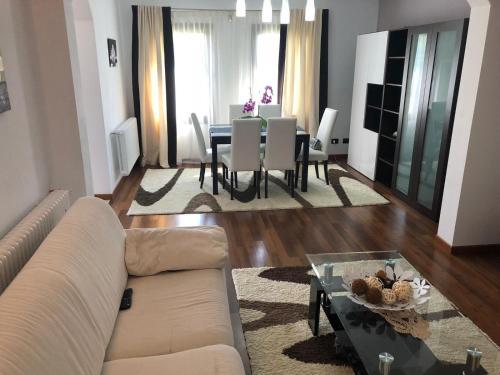 VILLA MAYA - Accommodation - Borsa