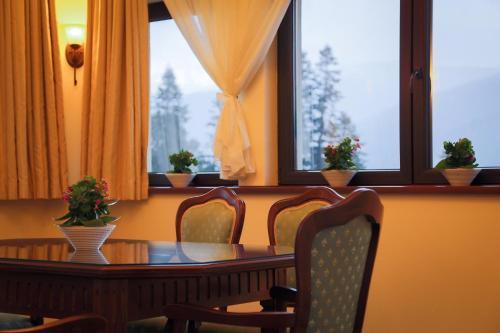 Hotel Foisorul cu Flori - Sinaia