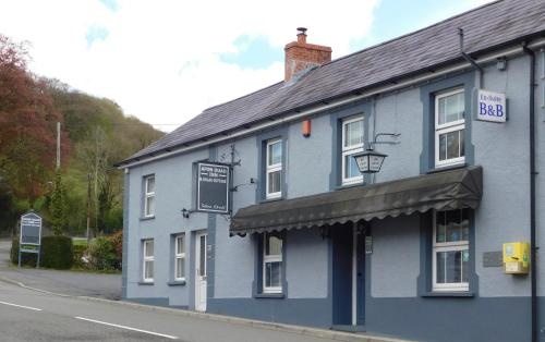 . Afon Duad Inn and Dolau Cottage