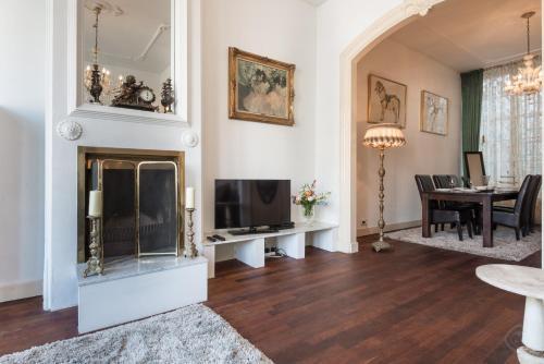 Jordaan apartments - Noordermarkt area photo 2