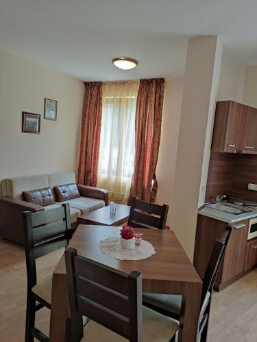 Year-round apartment 50m away from ski lift - Hotel - Chepelare