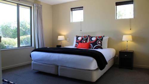 Three-Bedroom Lodge