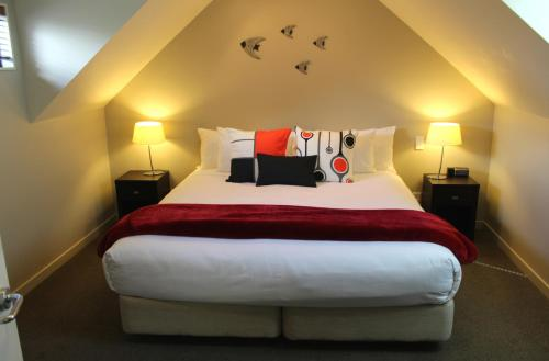 Two-Bedroom Manor