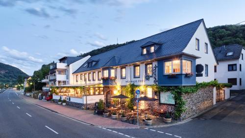 . Weinhaus Fries