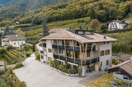 Residence Hofgarten - Apartment - Caldaro