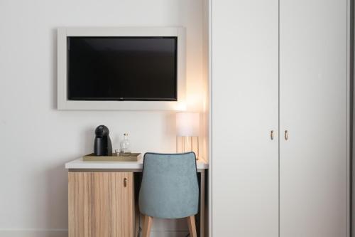 Zurin Charm Hotel - image 10