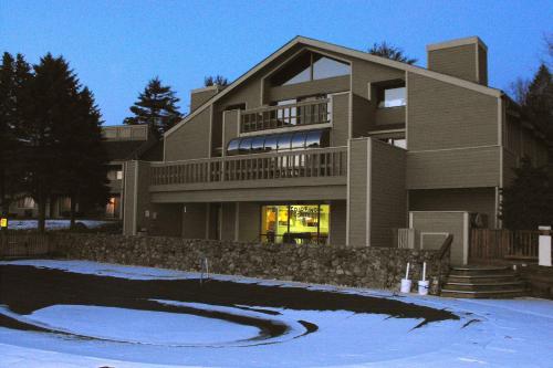 Tanglwood Resort By Vri Resorts - Hawley, PA 18428