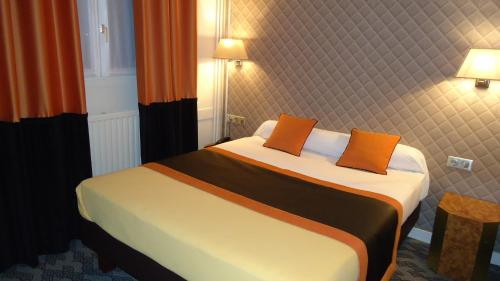 Hotel d'Amiens photo 2