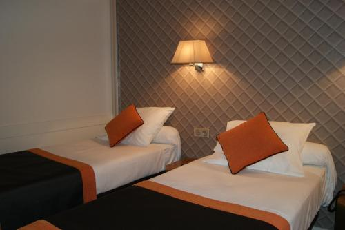 Hotel d'Amiens photo 3