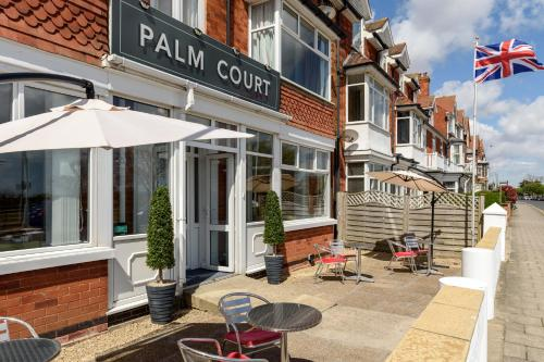 Palm Court, Seafront Accommodation - Photo 5 of 50