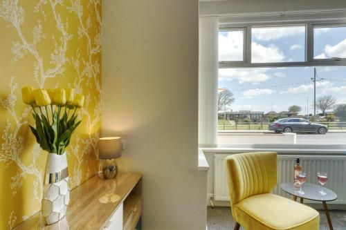 Palm Court, Seafront Accommodation - Photo 6 of 50