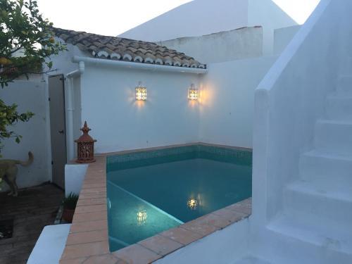 Casa Largo Do Poço Guesthouse - Photo 3 of 42