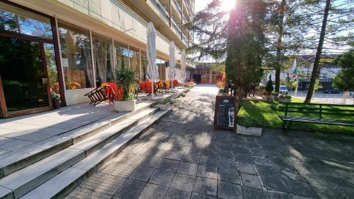Hotel Gorna Banya - Photo 2 of 27