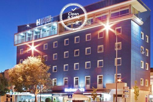 . Luna Esperanca Centro Hotel