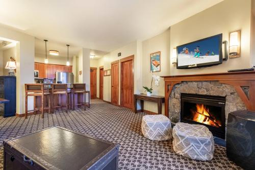 The Village at Palisades Tahoe - Hotel - Olympic Valley