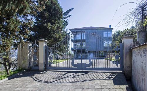 Sunny apartment in Batumi - Accommodation