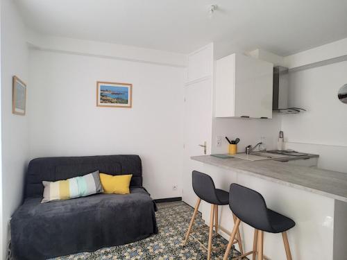 Appartement Granville, 2 pièces, 2 personnes - FR-1-361-2 - Location saisonnière - Granville