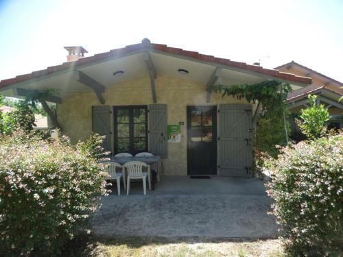 . Appartement Saint-Julien-en-Born, 3 pièces, 4 personnes - FR-1-360-94