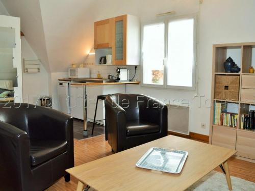 . Appartement Tours, 2 pièces, 2 personnes - FR-1-381-30