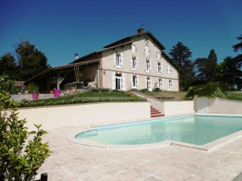 Gîte Gabarret, 5 pièces, 8 personnes - FR-1-360-366 - Location saisonnière - Gabarret
