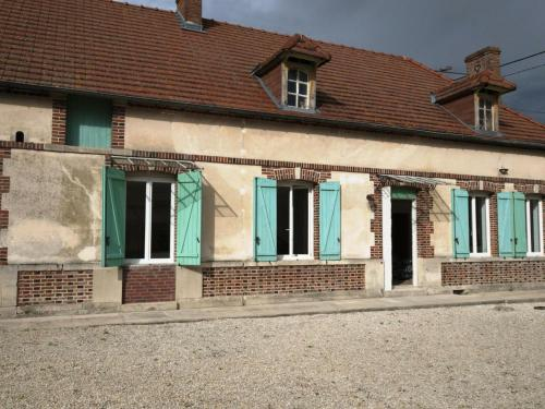Gîte Champfleury, 4 pièces, 6 personnes - FR-1-543-3 - Location saisonnière - Champfleury