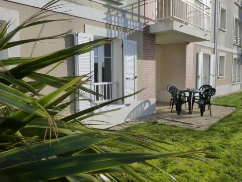 . Appartement Saint-Gilles-Croix-de-Vie, 3 pièces, 5 personnes - FR-1-224-623