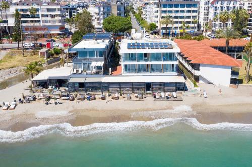 Sun  By En Vie Beach, Pension in Alanya