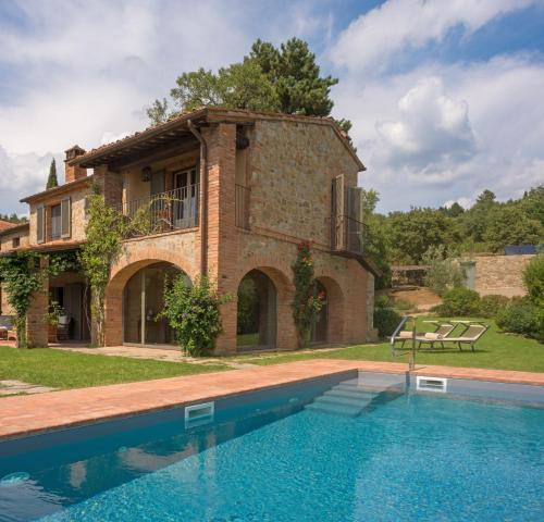 Le Poggiacce Villa Sleeps 10 with Pool Air Con and WiFi - Accommodation - Molinelli