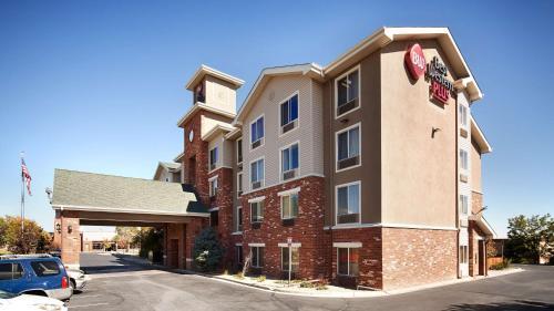 . Best Western Plus Gateway Inn & Suites - Aurora