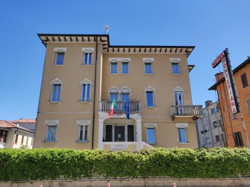 . Hotel Montepiana