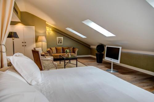 Superior Double Room Grand Hotel Don Gregorio 15
