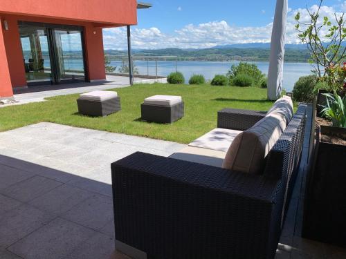 Villa au bord du lac de Morat avec vue imprenable - Hotel - Bellerive