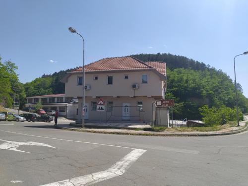 Ana 1 - Apartment - Raška