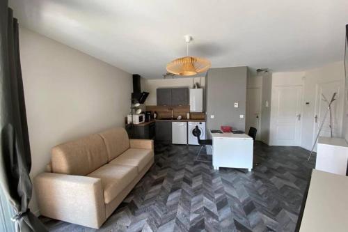 T2 idéalement situéThonon centre avec terrasse et garage - Location saisonnière - Thonon-les-Bains