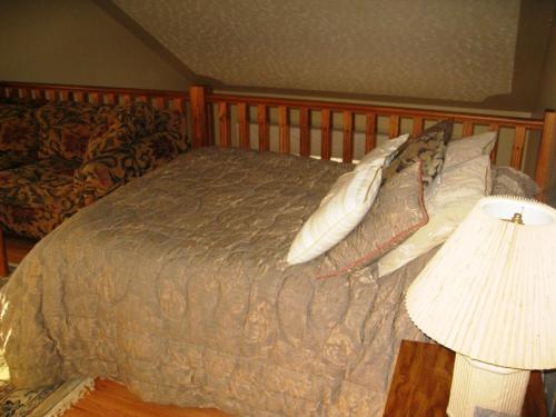 McDougall Lane Bed & Breakfast - Drumheller, AB T0J 0Y1