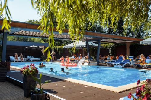 . RiverSide- Restaurant, Hotel, Beach