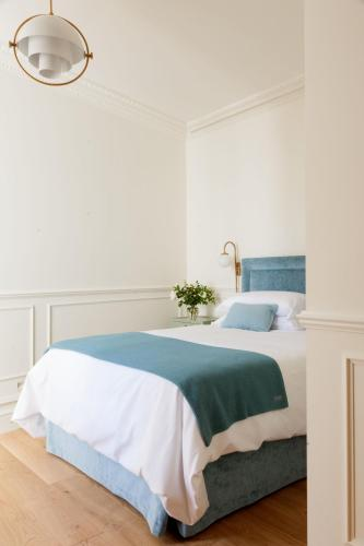 Standard Double Room Gran hotel Brillante 1
