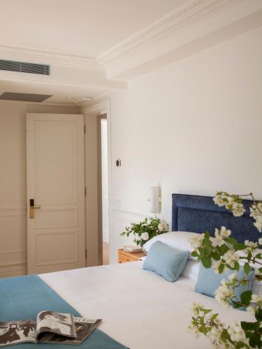 Deluxe Double Room with River View Gran hotel Brillante 4